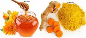 Dùng nghệ kết hợp mật ong khi da mặt ngứa và sần
