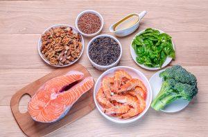 thực phẩm giàu omega 3 tốt cho người bị dị ứng thời tiết
