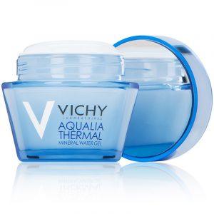 cách trị da mặt khô và ngứa bằng kem dưỡng ẩm