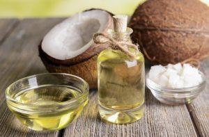 cách trị da mặt khô và ngứa bằng dầu dừa