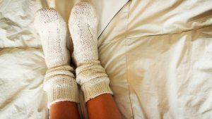 Luôn giữ ấm cho đôi chân của bạn