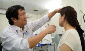 Khám dị ứng tại bác sĩ Huỳnh Huy Hoàng